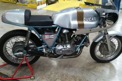 Ducati_900SS_