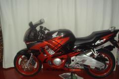 Honda-CBR600F-1998