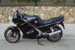 Honda-VFR750-rc24II-1989