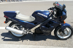 Honda-VFR750F-rc24-1987