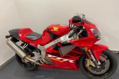 Honda-VTR-1000-SP1-2000