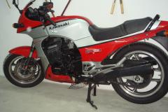 Kawasaki-Gpz900-1984