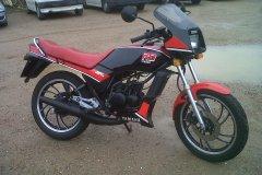 Yamaha-RD80-1987